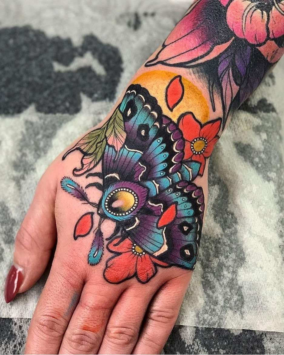 do tattoos gets lighter after healing
