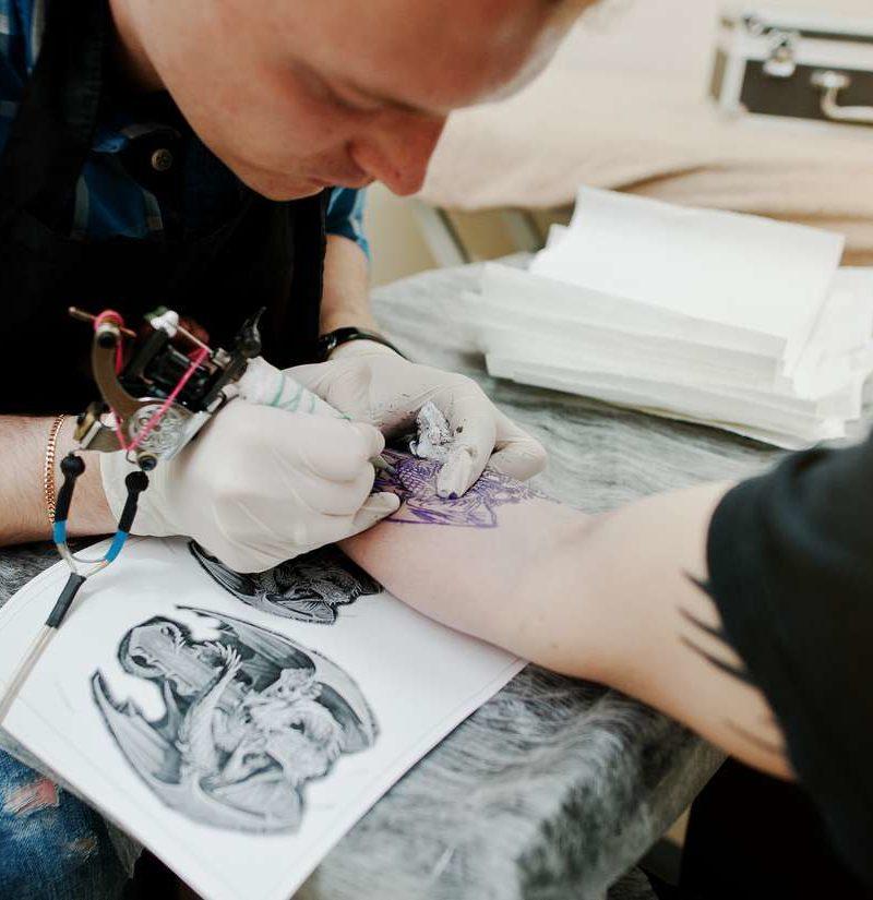 will tattoo lighten after healing
